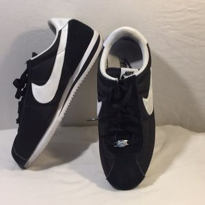 Men's Nike Cortez Athletic Shoes Size 9 1/2